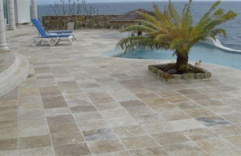 travertine On carrelage exterieur 15x15